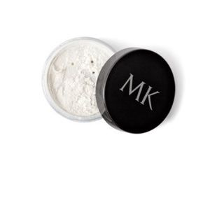 NEW and UNOPENED Mary Kay Translucent Powder